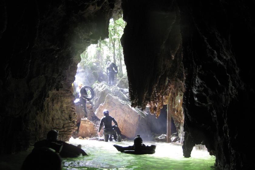 Auszeit Neuseeland Black Water Rafting